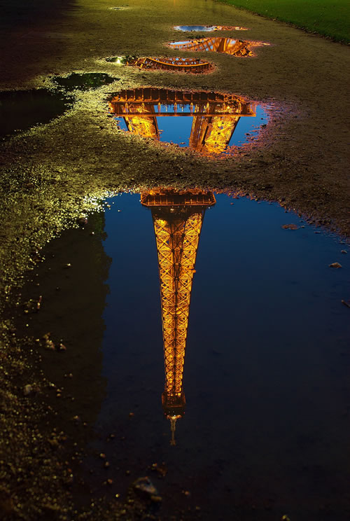 Paris tour Eiffel reflection Luc Viatour