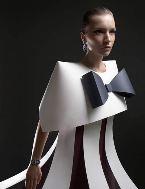 paper-fashion-by-alexandra-zaharova